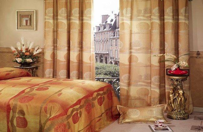 Những lợi ích tuyệt vời khi lắp đặt rèm cửa cho phòng ngủ